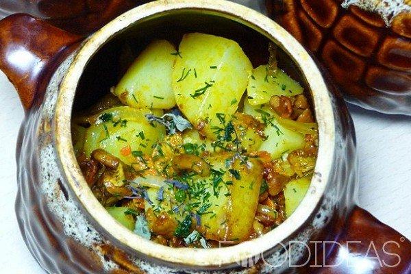 Мясо в с картошкой в горшочках в духовке рецепт пошагово