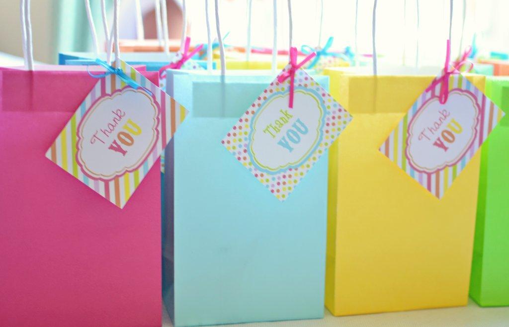 Подарки детям своими руками в лагере 23