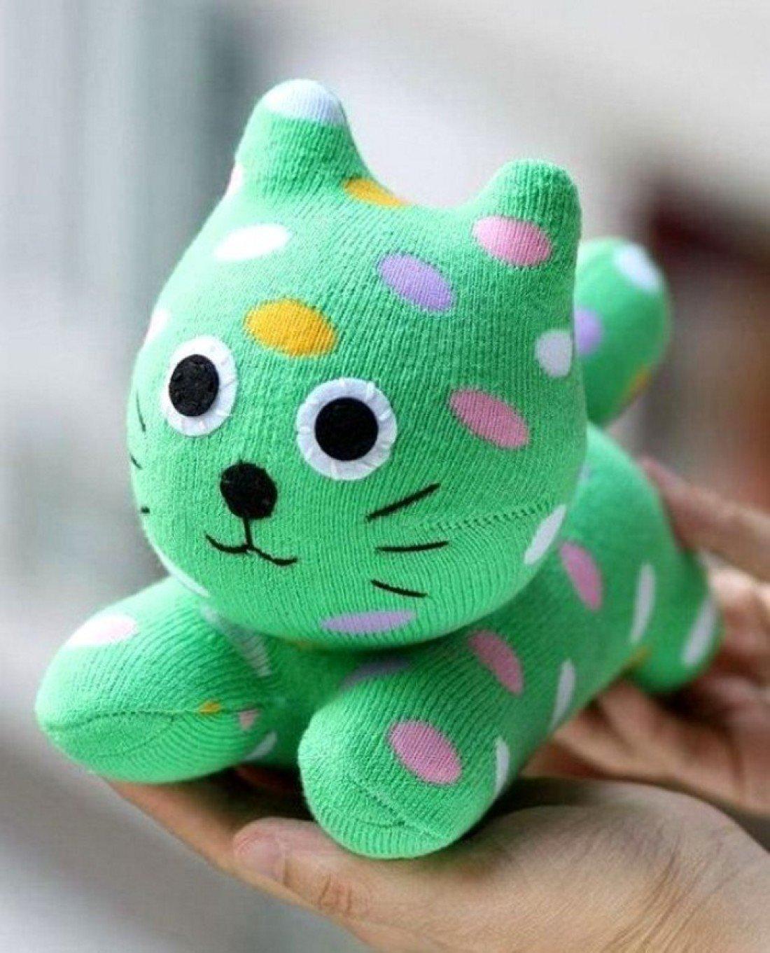 Как сделать из носков мягкую игрушку