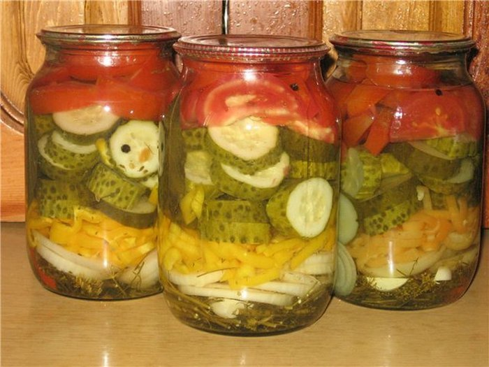 Рецепт салата на зиму с огурцов