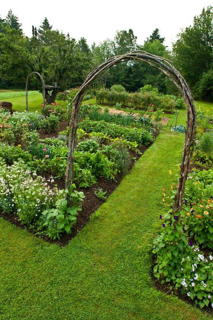 Красивый огород своими руками: оформление огорода на дачном 8