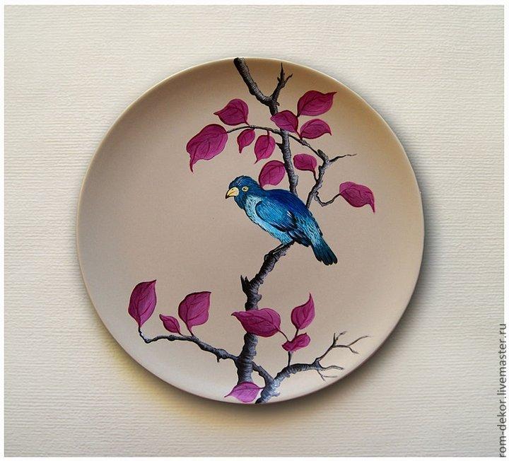 Роспись по тарелке красками