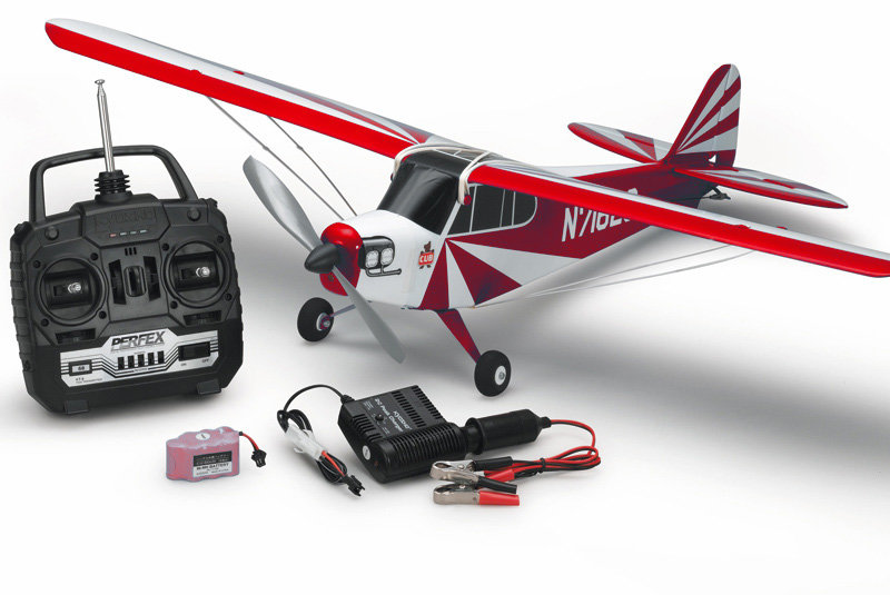 Как сделать летающий самолёт на пульте управления
