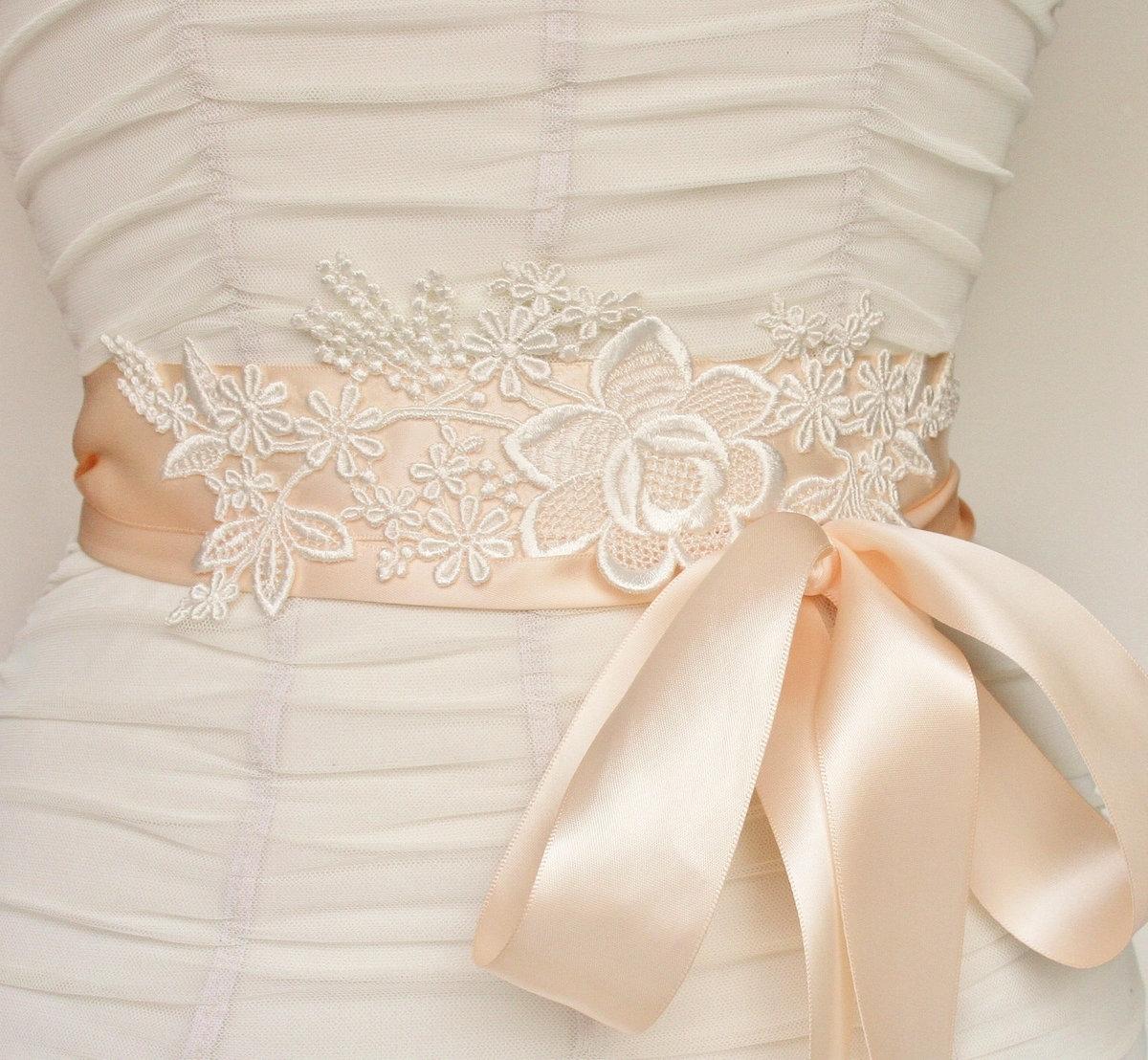 Пояс из кружева на платье своими руками