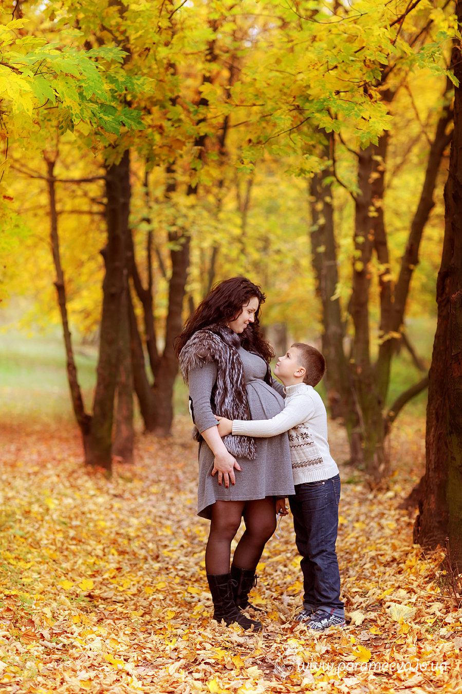 Фото беременных на природе осень