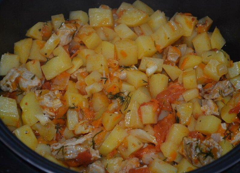 Свинина с картошкой и помидорами в мультиварке рецепты с фото
