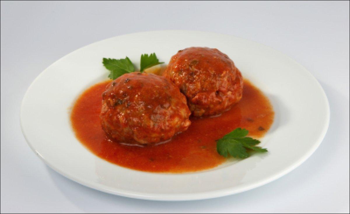 Тефтели с рисом в томатно-сметанном соусе запеченные в духовке 71