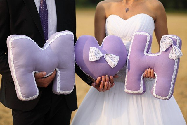 Буква подушка на свадьбу