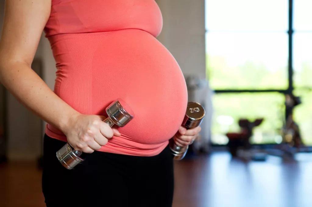 Упражнение для беременных в спортзале 83