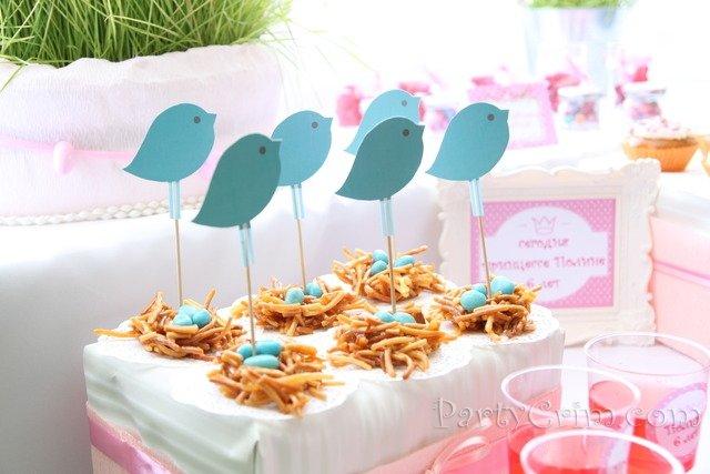Украшение детского дня рождения стола, кэнди-бара, детских блюд, торта