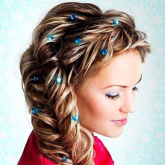 Красивые причёски на средние волосы фото с косами