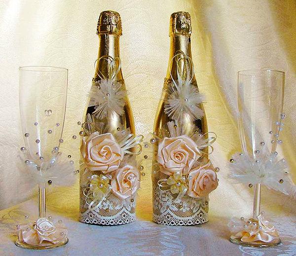 Как украсить шампанское и фужеры на свадьбу своими руками 70
