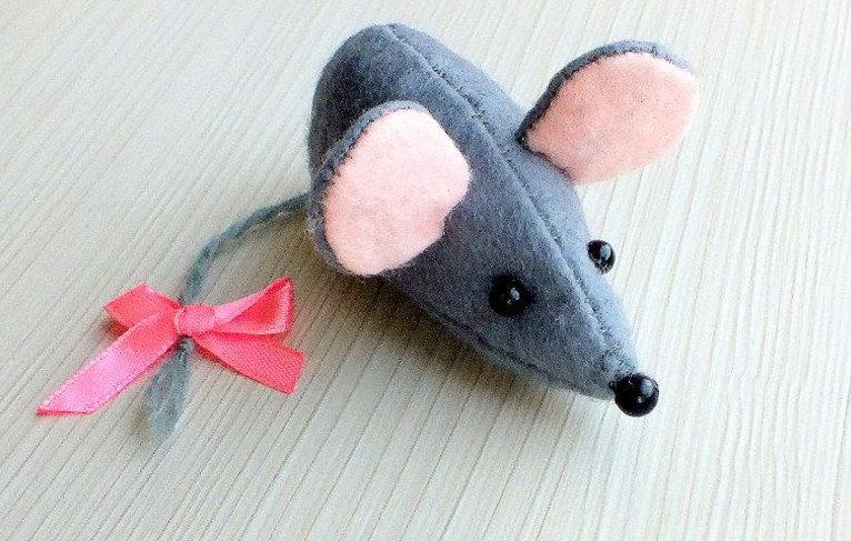 Как сделать мышат своими руками