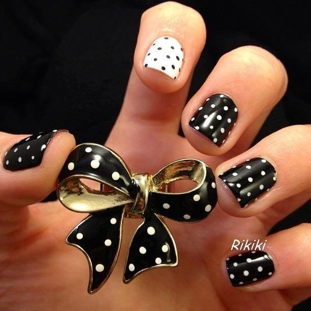 Черные ногти своими руками 13