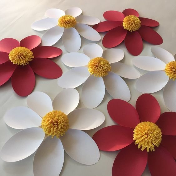 Как можно сделать объемный цветок 483