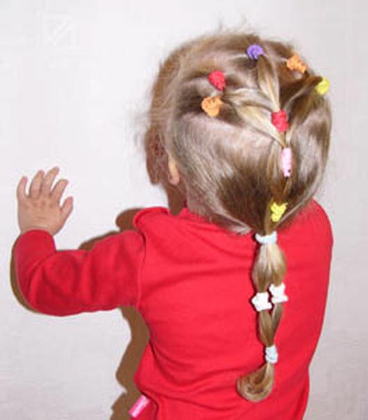 Фото причесок для девочки в садик