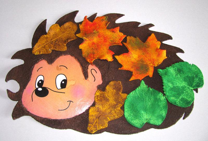 Как сделать ежика из бумаги и листьев
