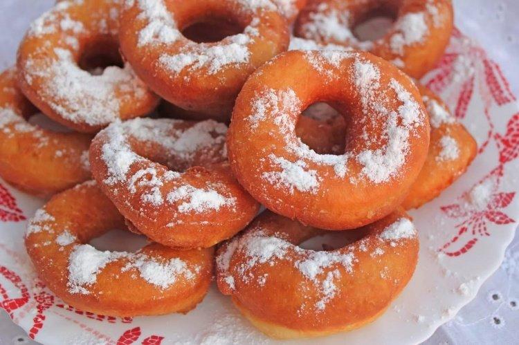 Быстрые пончики на дрожжах рецепт