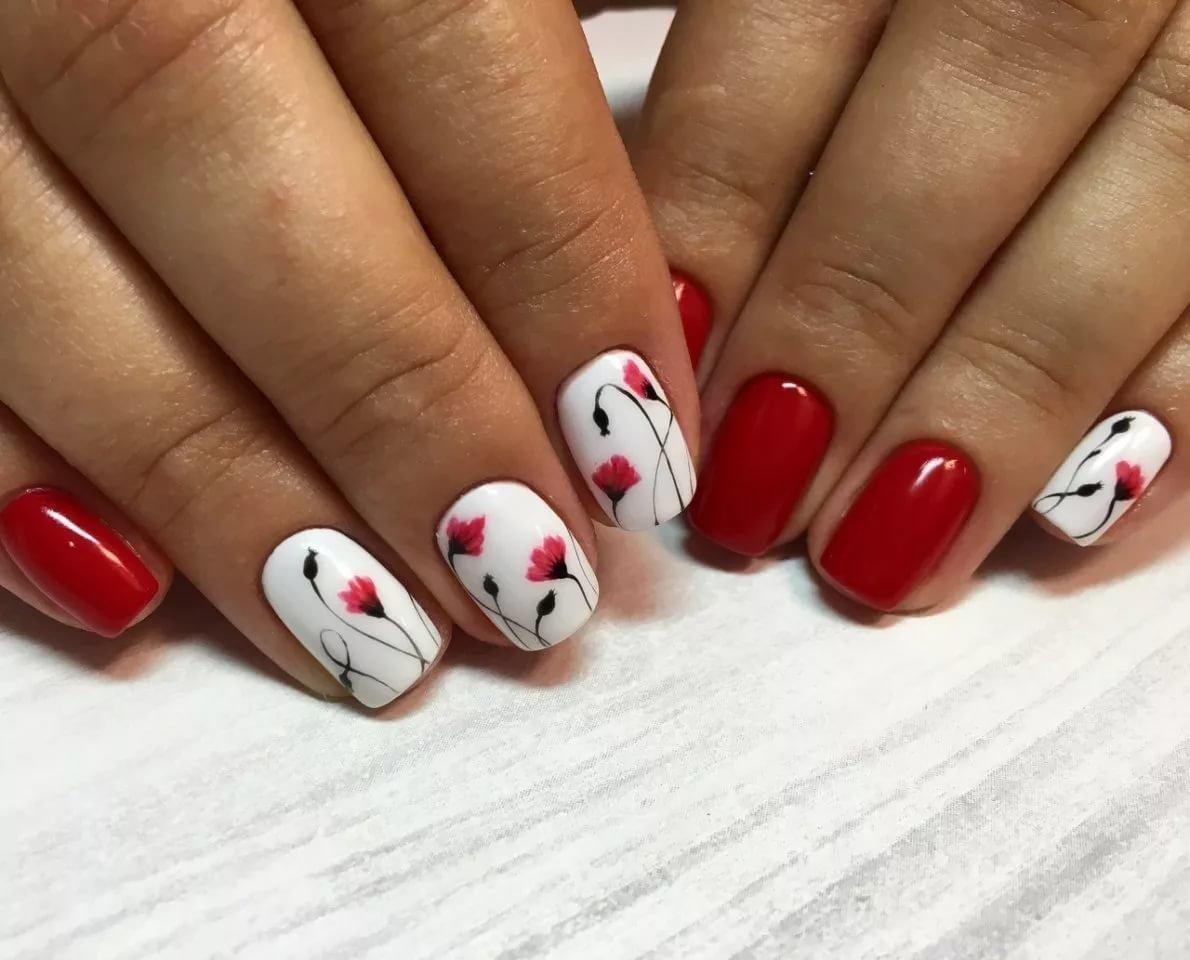 Нежный маникюр 2018 на короткие ногти