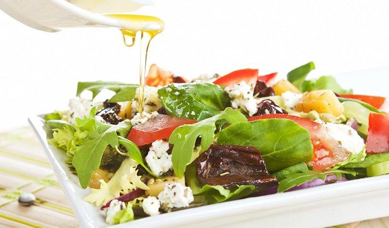 салат с жареным беконом рецепт