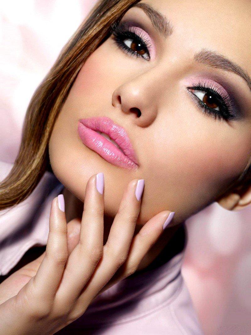 Розовой коже какой макияж