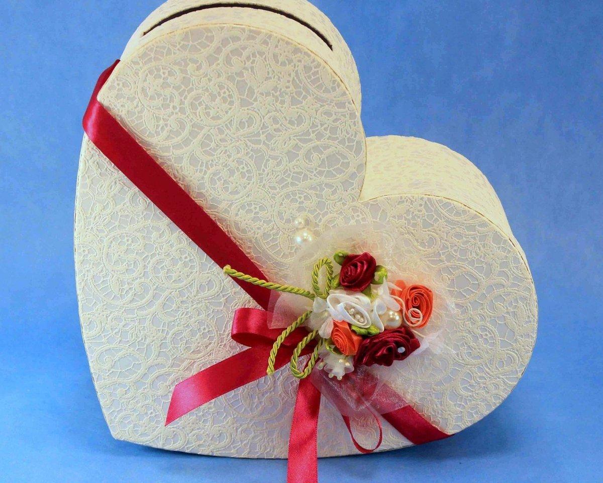 Украшение свадебной коробки своими руками