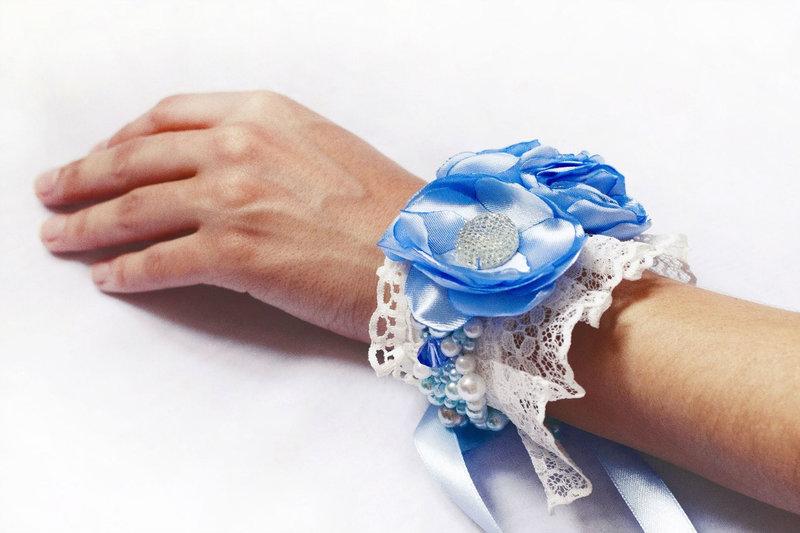 Браслет для подружек невесты с кружевом