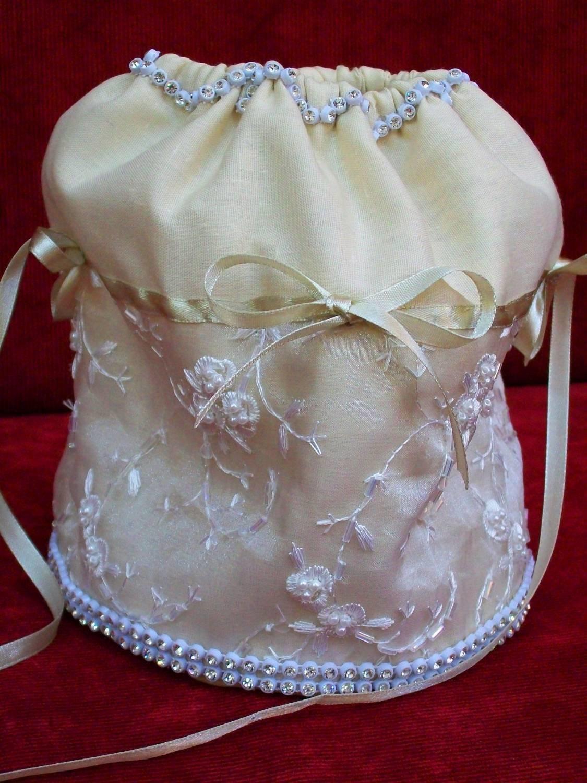 Как сшить невесте сумочку 412