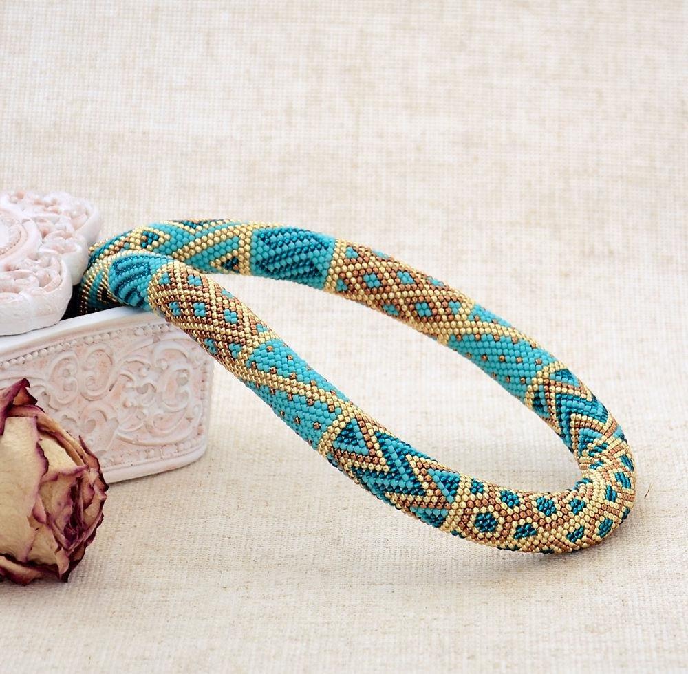 Плетение жгутом из бисера фото