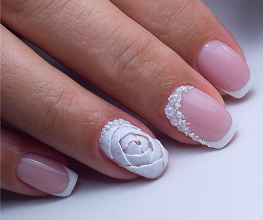 Украшение безымянного пальца маникюр