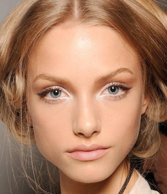 Как увеличить глаза естественный макияж для