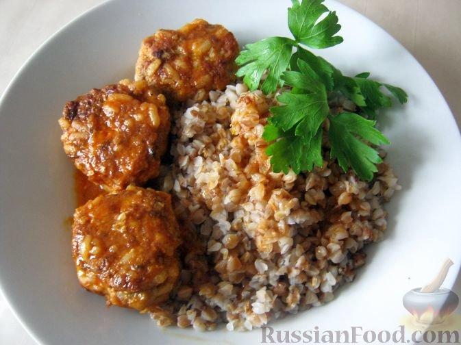 Тефтели с рисом и с подливкой