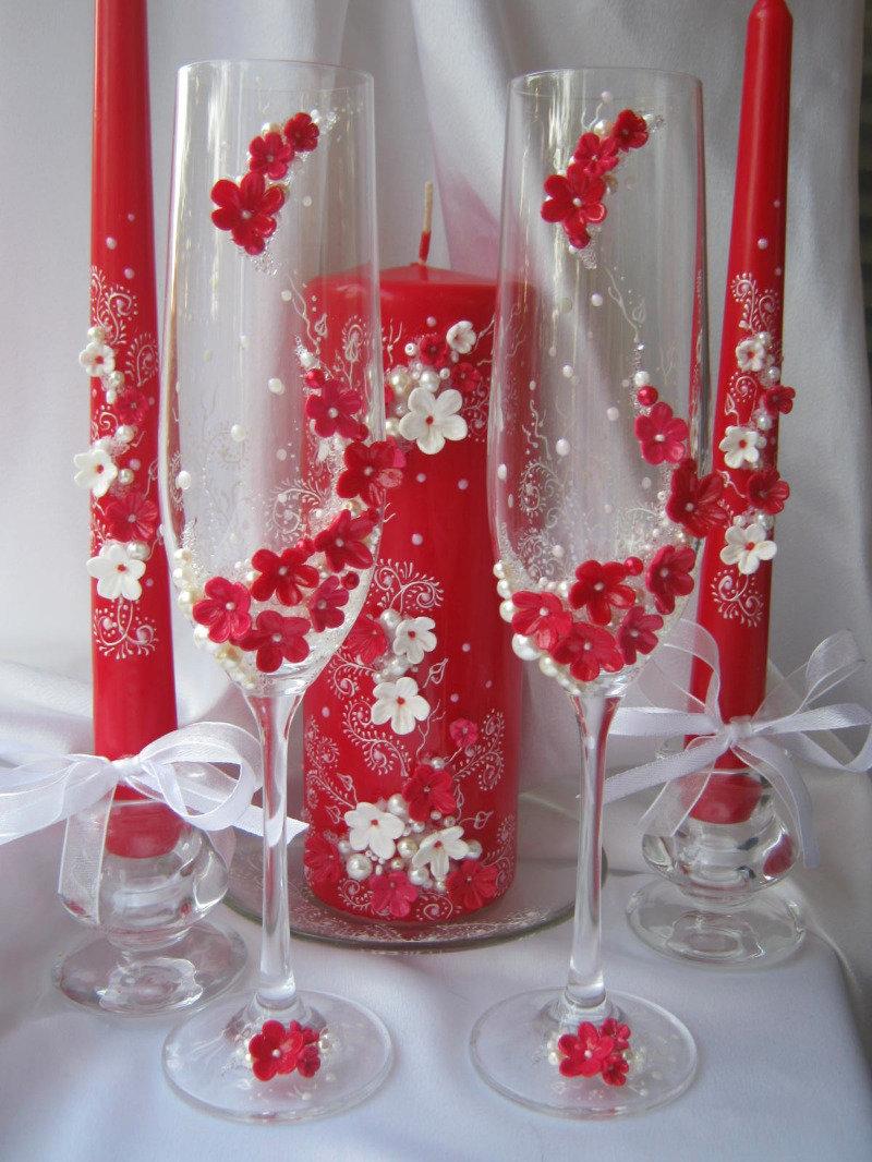 Бокалы на свадьбу в красно-белом цвете своими руками 59