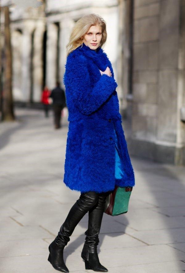 Голубая шуба с чем носить