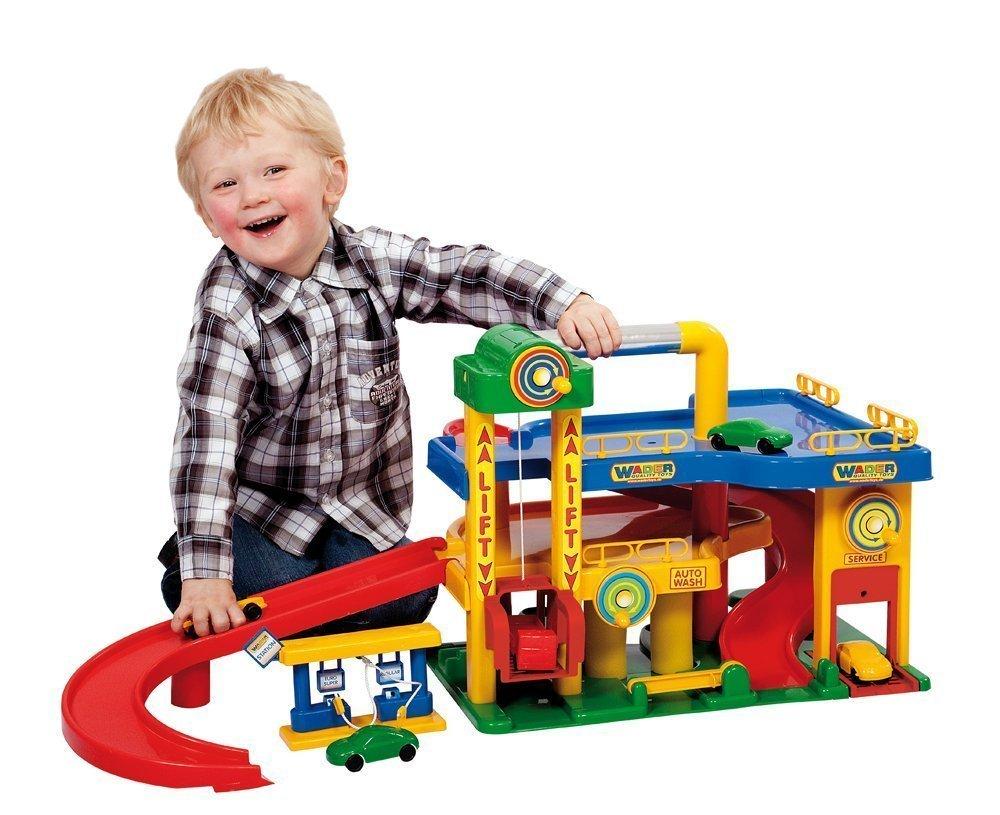 Какой подарок сделать мальчику 4 лет 3