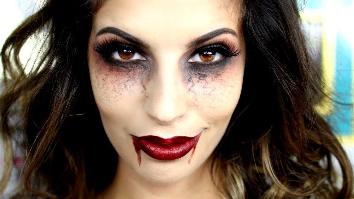 Макияж для хэллоуина своими руками вампирша 78