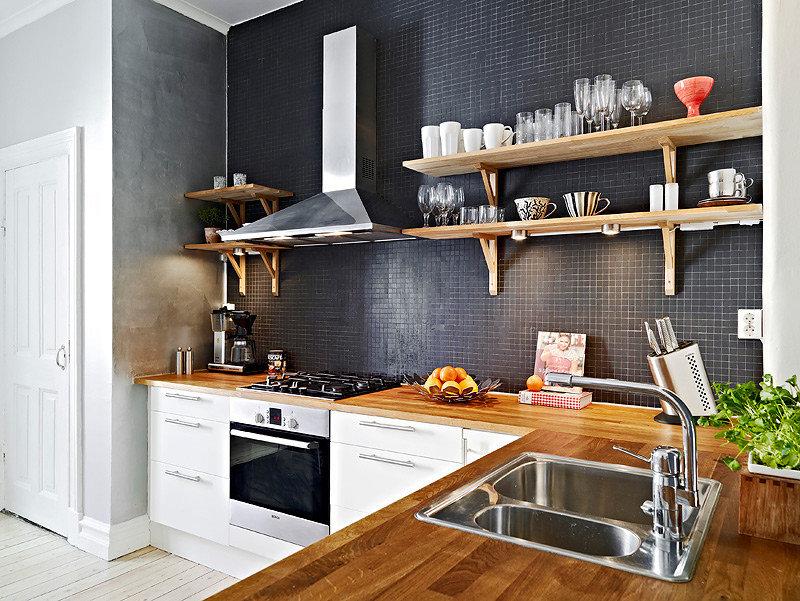Кухня маленькая без верхних шкафов дизайн