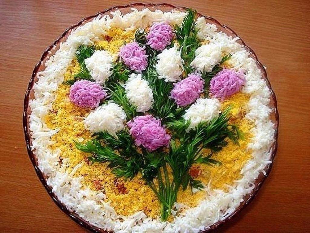 Как сделать праздничные салаты