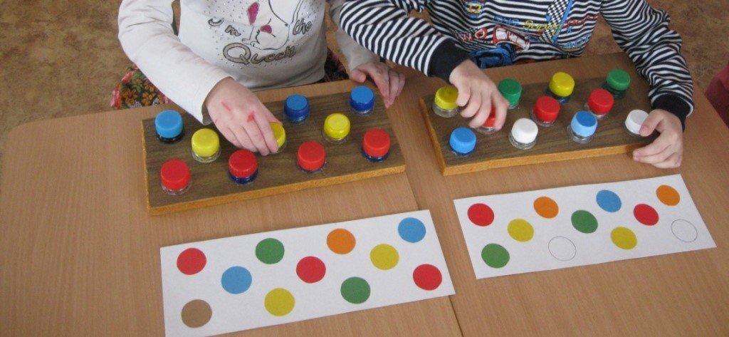 Развивающие игрушки своими руками для детей 4-5 лет фото 63