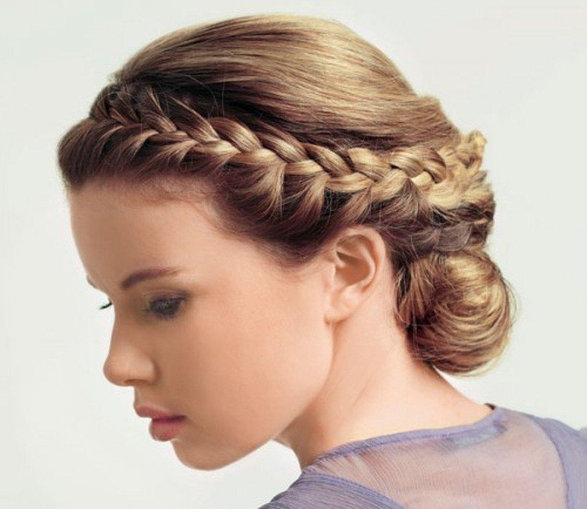 Фото причёсок с косичками на средние волосы