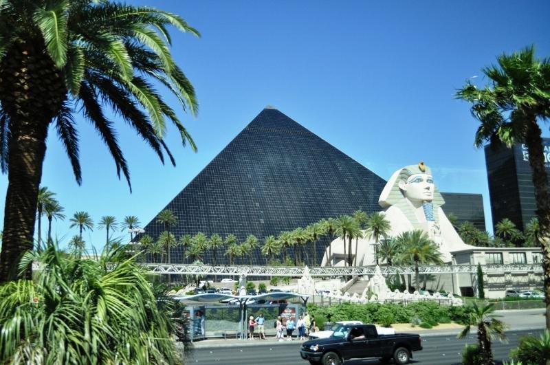 Лас-Вегас пирамида  № 1675063  скачать