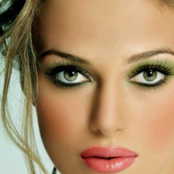 Макияж для зеленых глаз с нависшим веком пошаговое