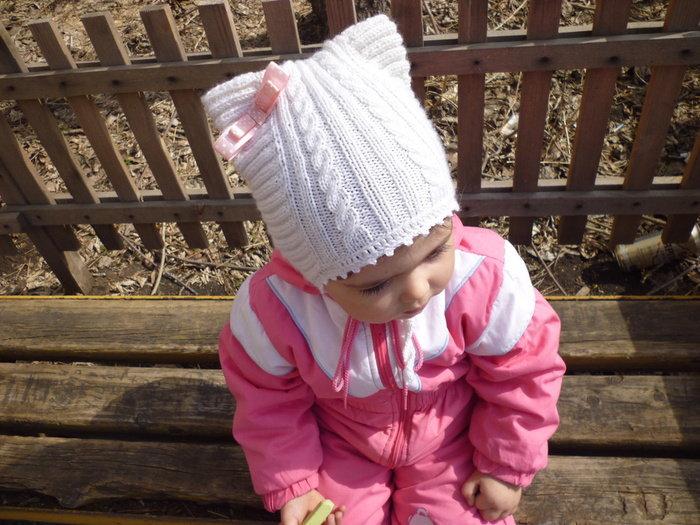Вязание спицами шапок для девочек 5-6 лет 78