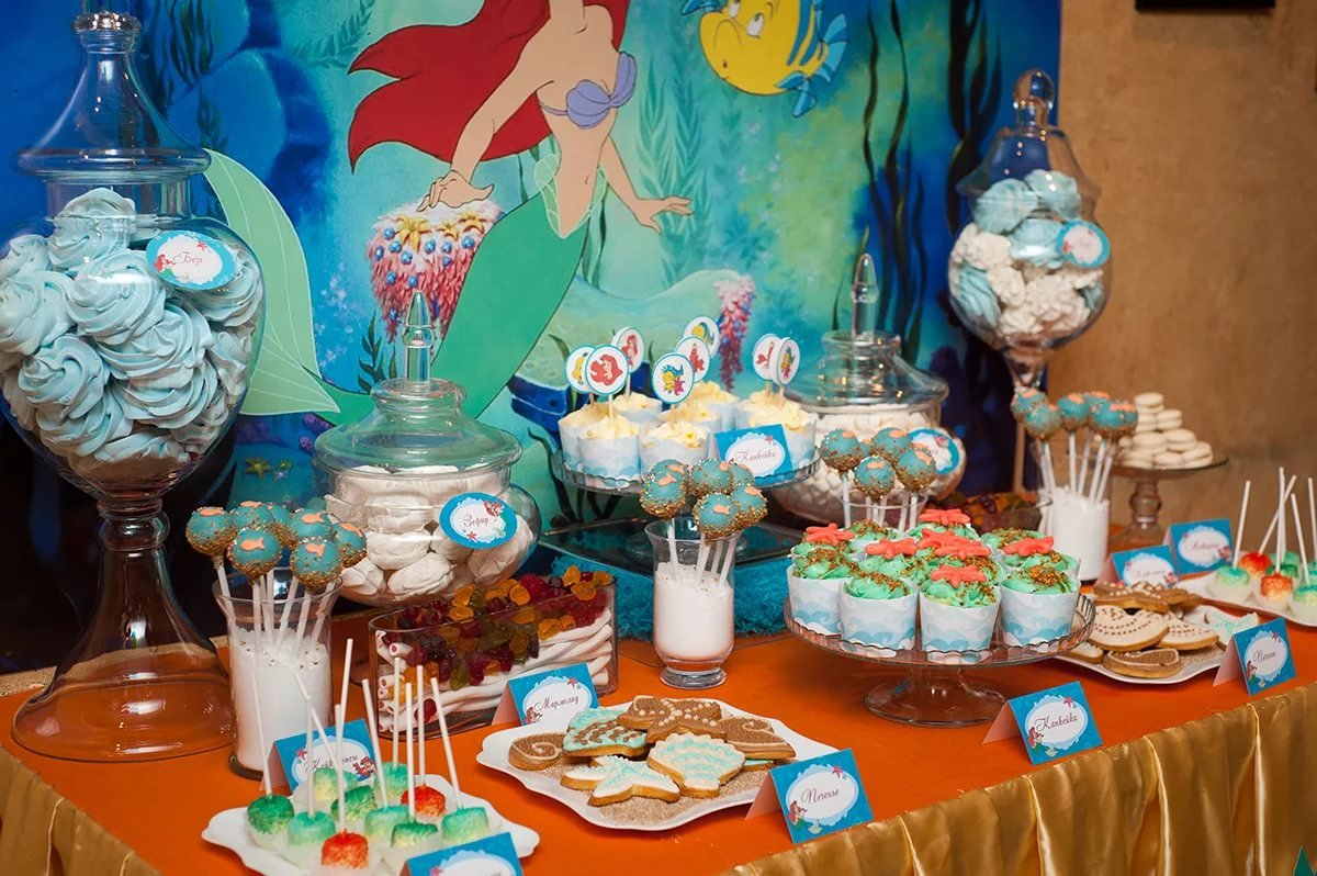 Как украсить детский праздничный стол своими руками