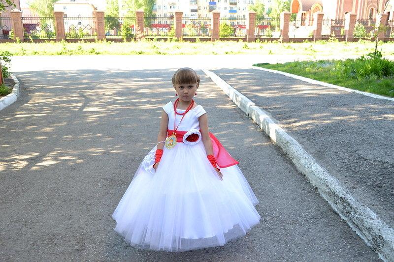 Фото выпускного платья детсад