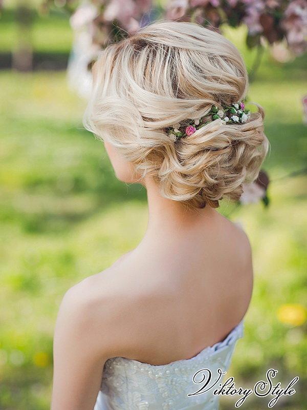 Прически на свадьбу для коротких волос с челкой фото