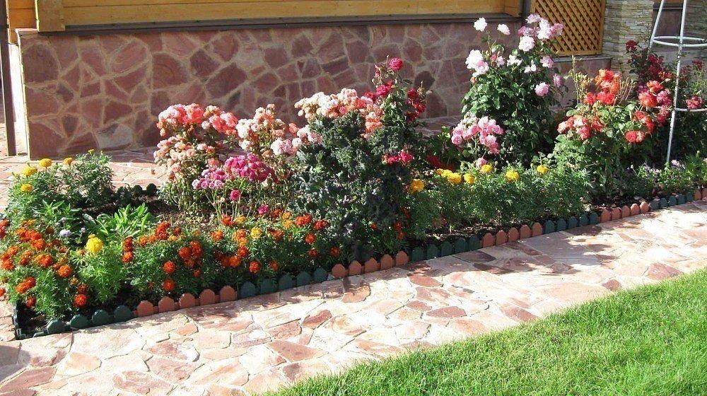 Рабатки клумбы и цветники на даче своими руками фото 232