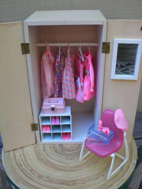 Мебель своими рука для кукол барби 17