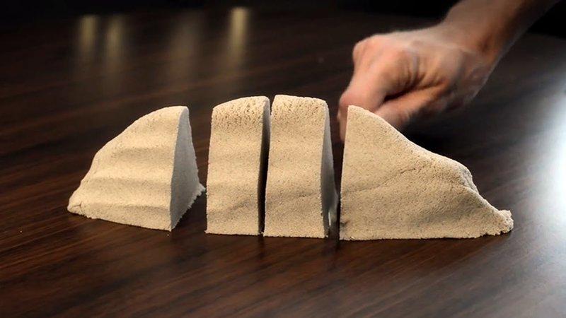 Как сделать кинетический песок своими руками без песка