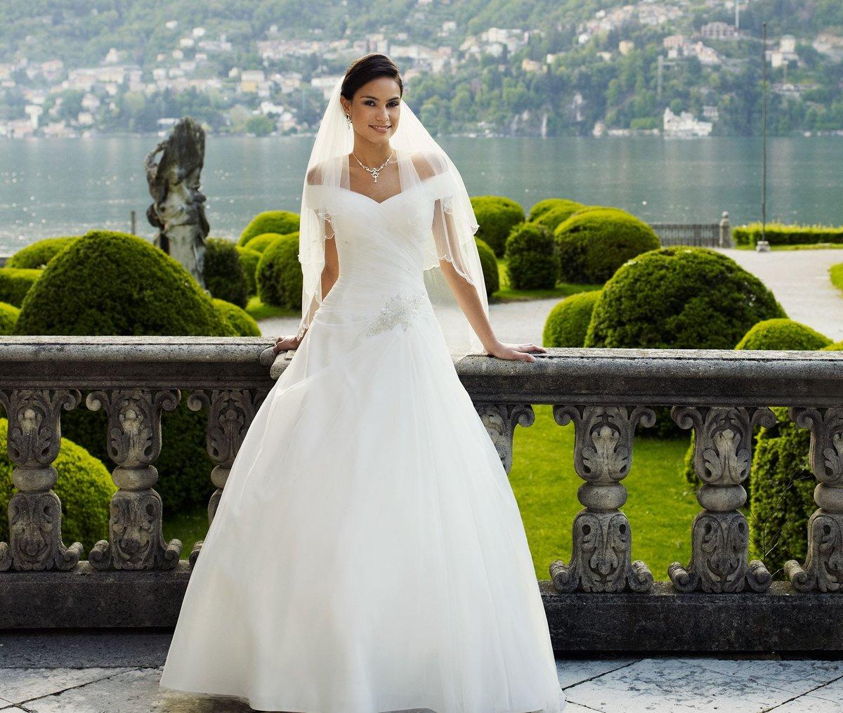 Самое красивое и модное свадебное платье